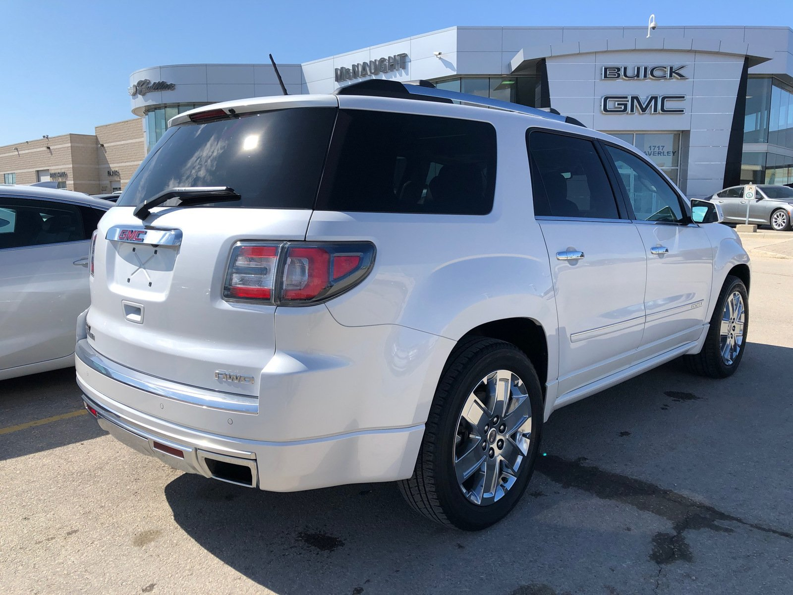 Certified Pre-Owned 2016 GMC Acadia Denali AWD | Dual Sunroof | Cooled Front Seats