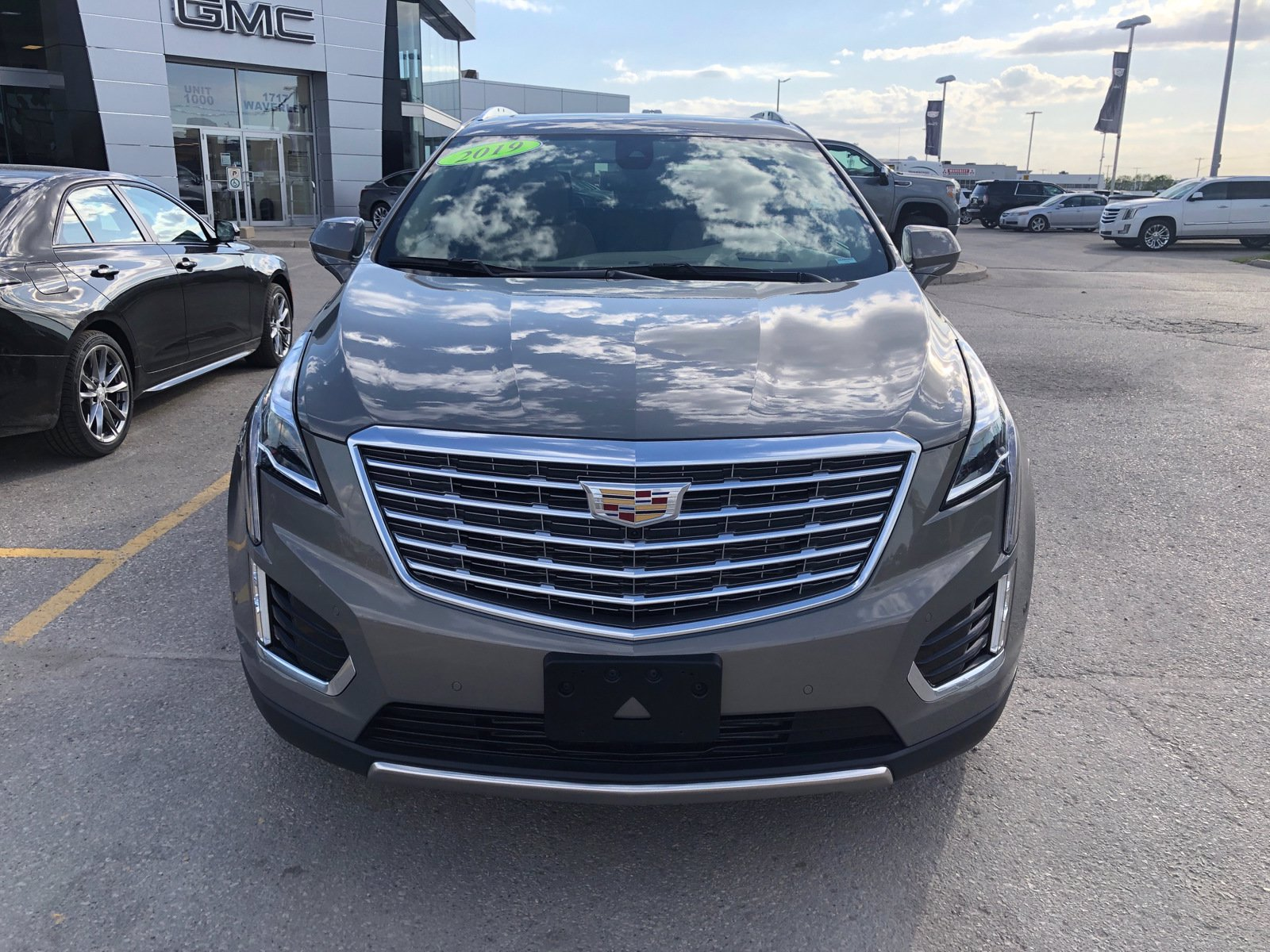 Certified Pre-Owned 2019 Cadillac XT5 Platinum AWD | Suede Headliner | Cooled Seats