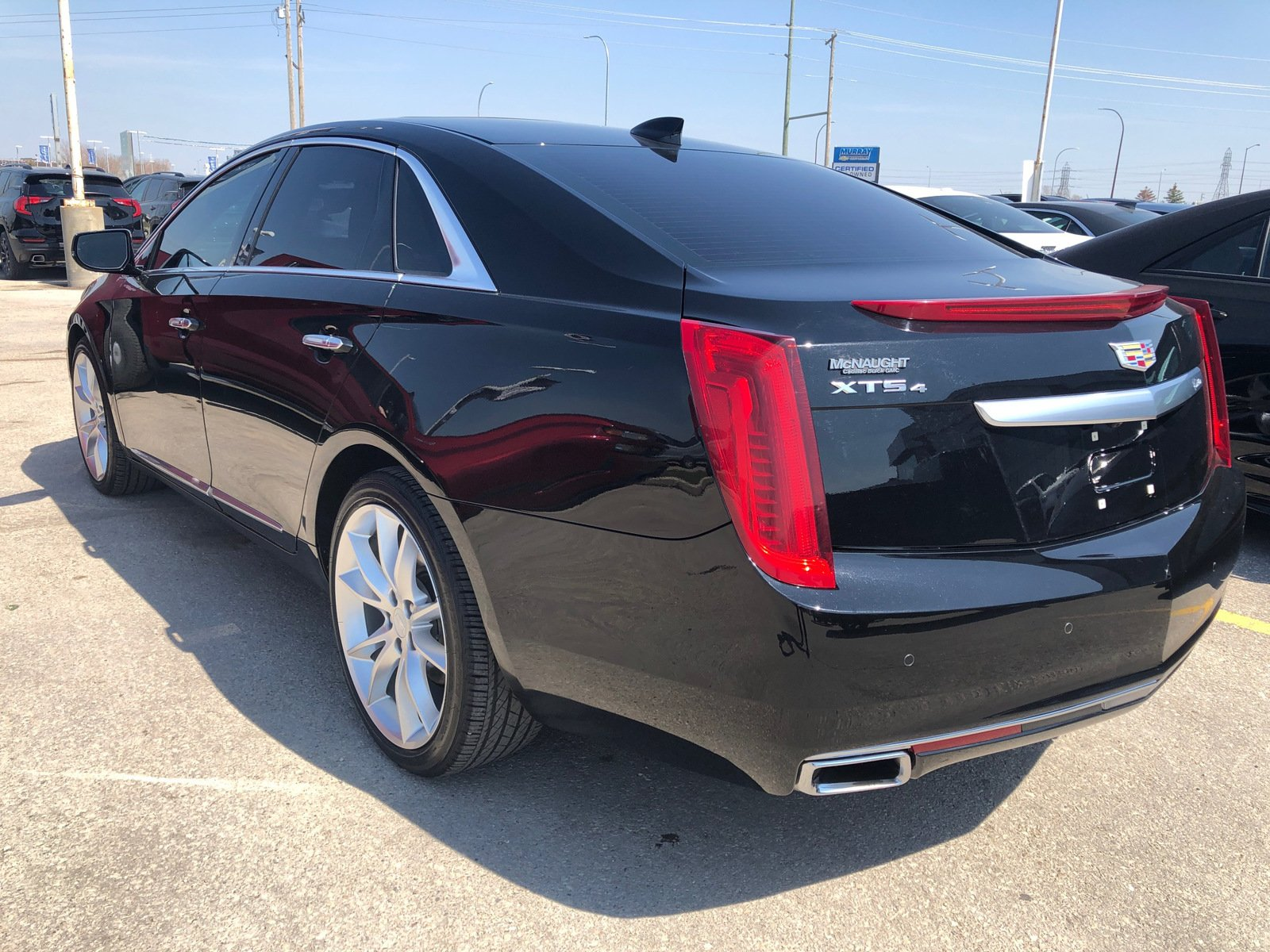 Pre-Owned 2016 Cadillac XTS Premium AWD | Massage Seats | Kona Brown